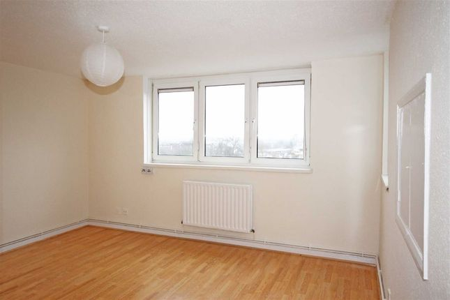 Thumbnail Flat for sale in St. Peters Grove, London