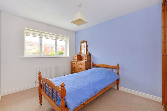 Bedroom of Toll House Mead, Mosborough, Sheffield S20