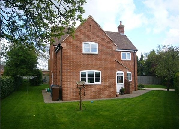 Thumbnail Property to rent in Ploughley Road, Ambrosden, Bicester
