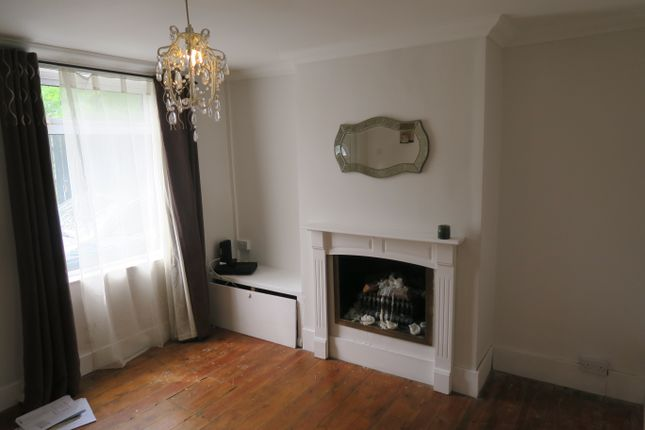 Thumbnail Terraced house to rent in Bedford Street, Watford