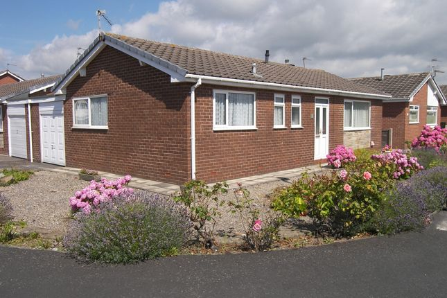 Thumbnail Bungalow for sale in Southfold Place, Lytham St. Annes