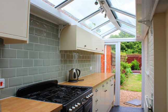 Thumbnail Terraced house to rent in Alfred Street, Taunton
