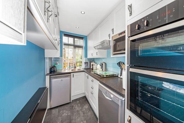 Kitchen of Avignon Road, London SE4