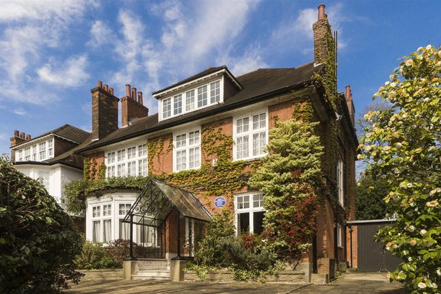 Thumbnail Property for sale in Ferncroft Avenue, Hampstead
