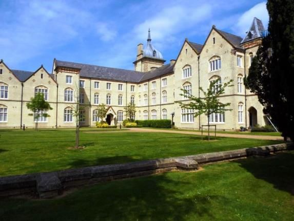 2 bed flat for sale in Fairfield Hall, Kingsley Avenue, Hitchin, Bedfordshire