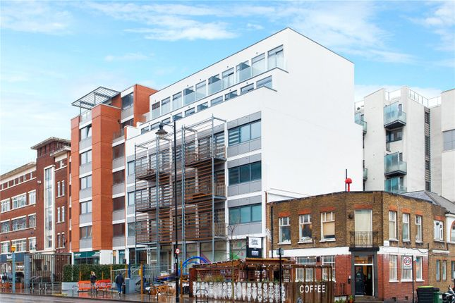 Flat for sale in Infinity Heights, 264 Kingsland Road, London