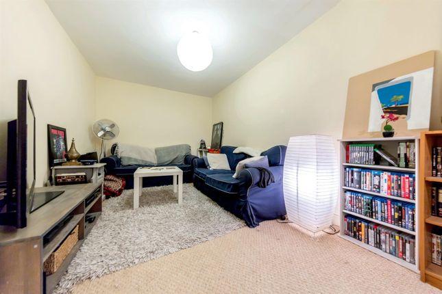 Thumbnail Flat to rent in Bonnington Square, London