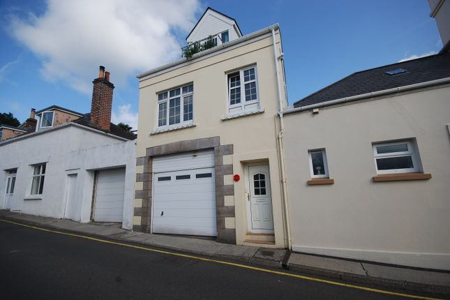 Thumbnail Town house for sale in Undercliff Road, St Helier