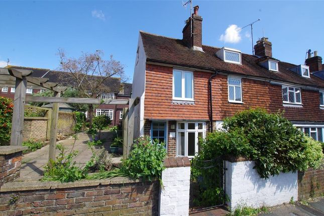 Thumbnail Cottage to rent in West Street, Lewes