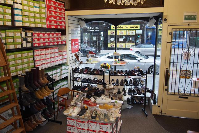Thumbnail Retail premises for sale in Shoe Shops HG1, North Yorkshire