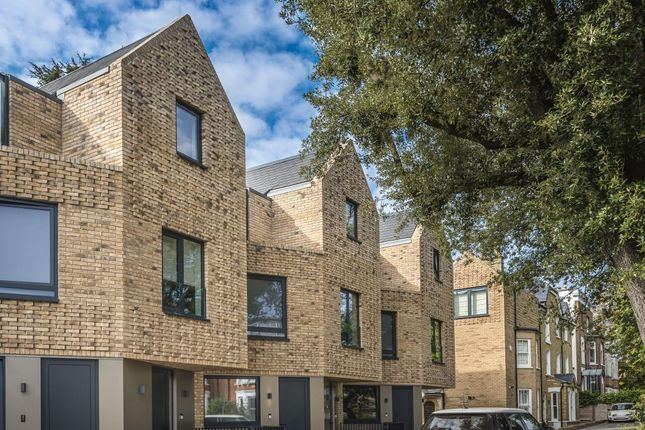Thumbnail Flat for sale in Eastern Road, East Finchley