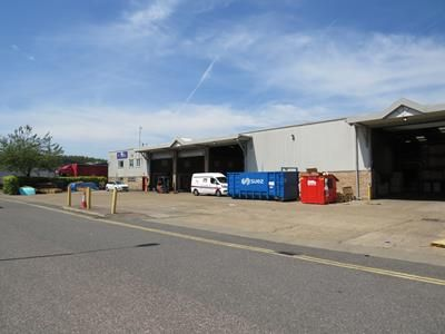 Thumbnail Light industrial to let in Saunders Way, Dartford, Kent