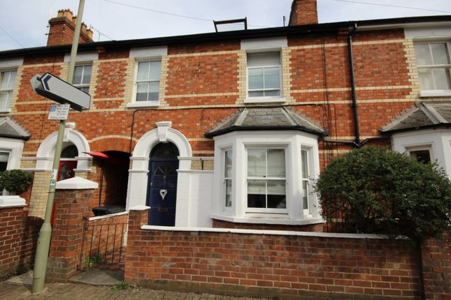 Thumbnail Terraced house to rent in Kings Road, Henley-On-Thames