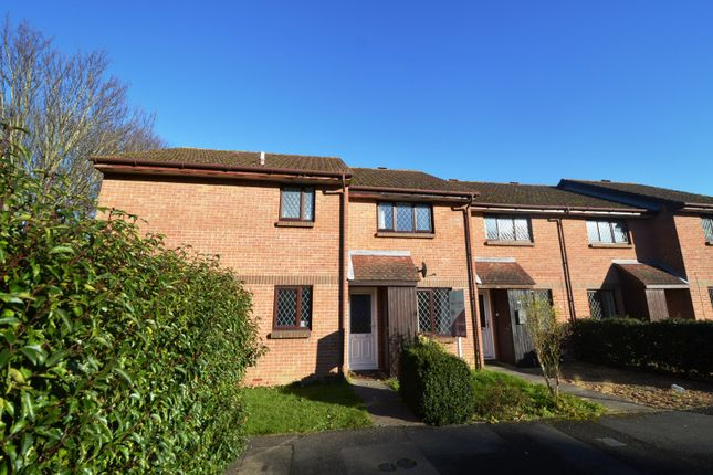 Thumbnail Property to rent in Drum Mead, Petersfield