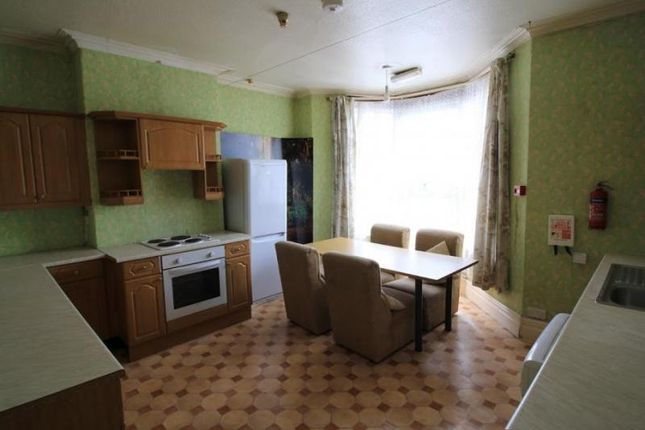 Thumbnail Flat to rent in Whitchurch Road, Whitchurch, Cardiff