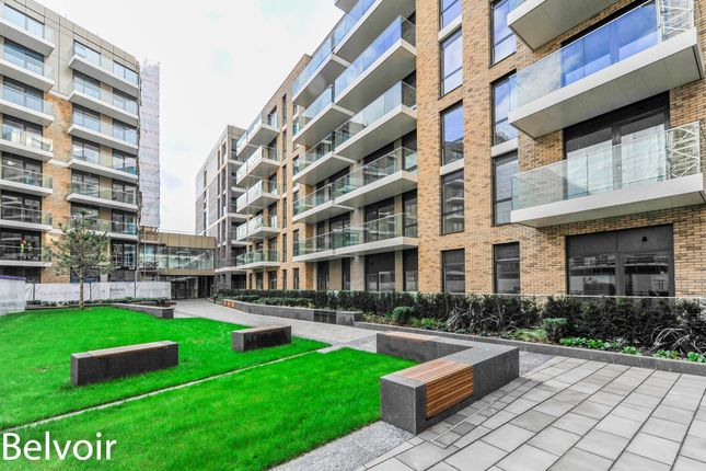 Thumbnail Flat to rent in Sury Basin, Kingston Upon Thames