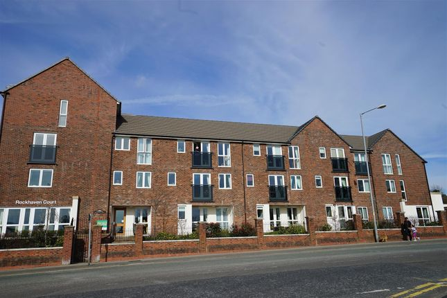 Thumbnail Flat for sale in Chorley New Road, Horwich, Bolton