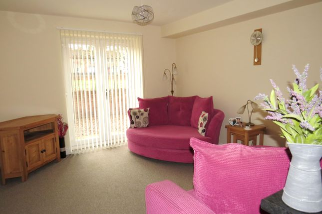 Flat in  St. Johns Road  Chesterfield  Hackney
