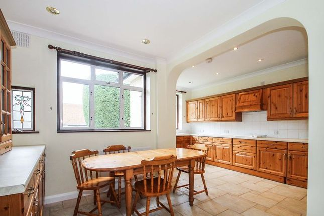 Thumbnail Detached bungalow to rent in Hereford Gardens, Pinner