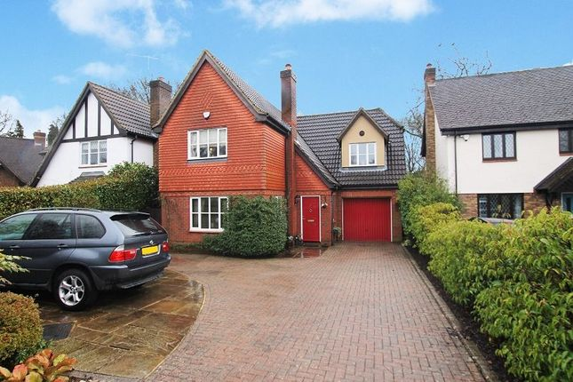 Thumbnail Detached house for sale in Stocks Close, Horley, Surrey.
