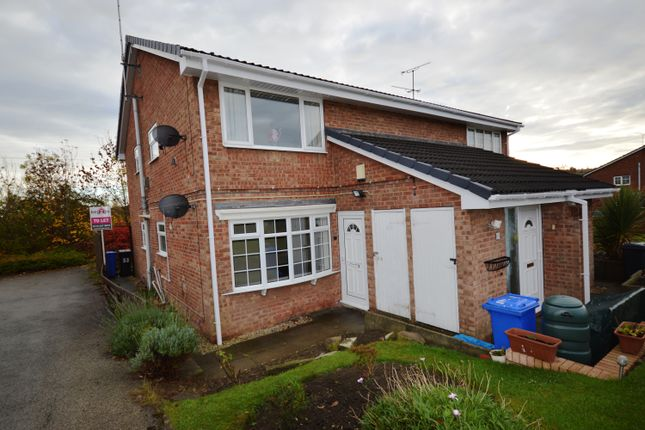Thumbnail Flat to rent in Valley Road, Hackenthorpe, Shefffield