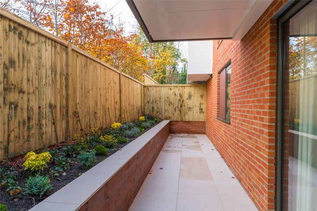 Thumbnail Flat for sale in Marsham House, Station Road, Gerrards Cross, Buckinghamshire