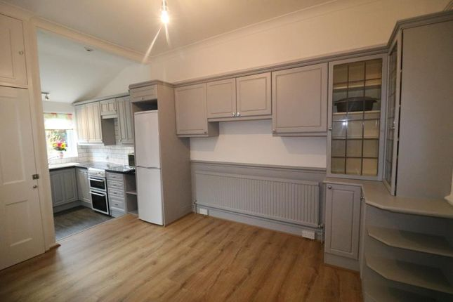 Thumbnail Property to rent in Cecil Avenue, Enfield