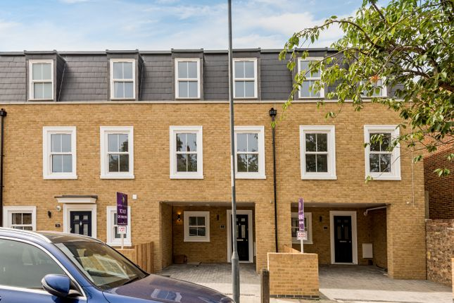 Thumbnail Town house for sale in Ripon Road, Woolwich, London