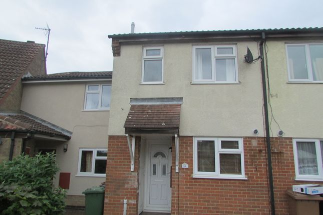 Thumbnail Terraced house to rent in Martinsbridge, Peterborough