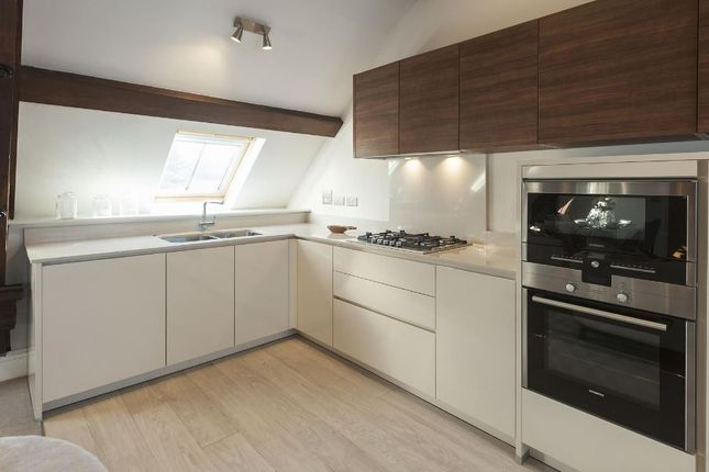 Kitchen-623 of Havanna Drive, London NW11