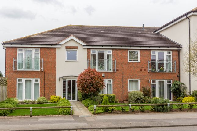 Thumbnail Flat for sale in Croyland Road, Wellingborough