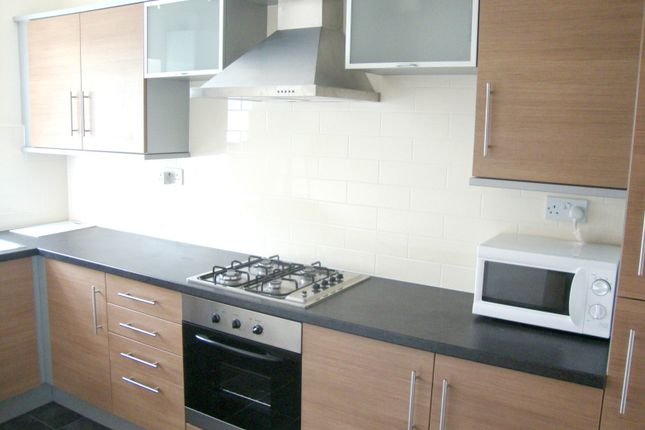 Thumbnail Flat to rent in Glossop Road, Sheffield
