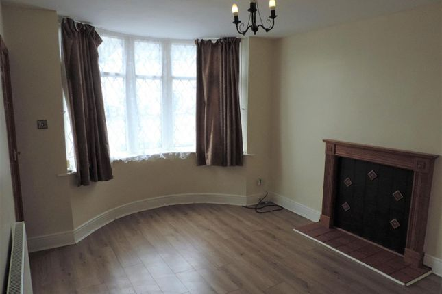 Lounge of Anchorway Road, Coventry CV3