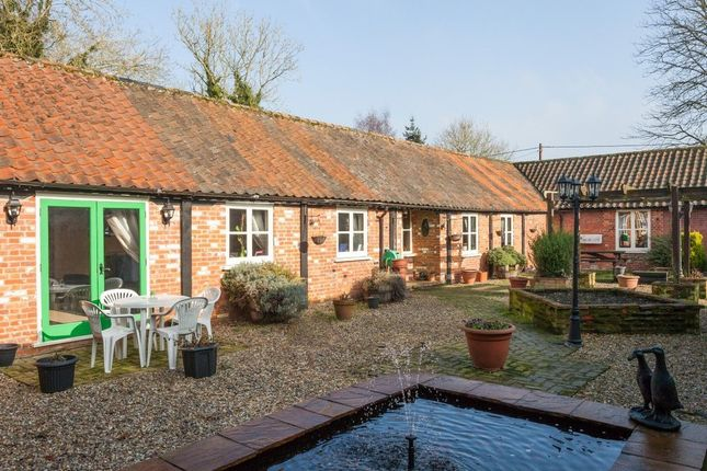 Thumbnail Barn conversion for sale in Gunn Street, Foulsham, Dereham
