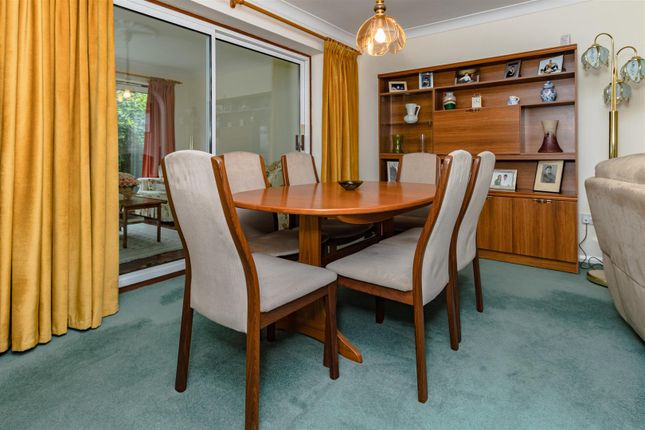 Dining Room of Carrington Avenue, Borehamwood WD6