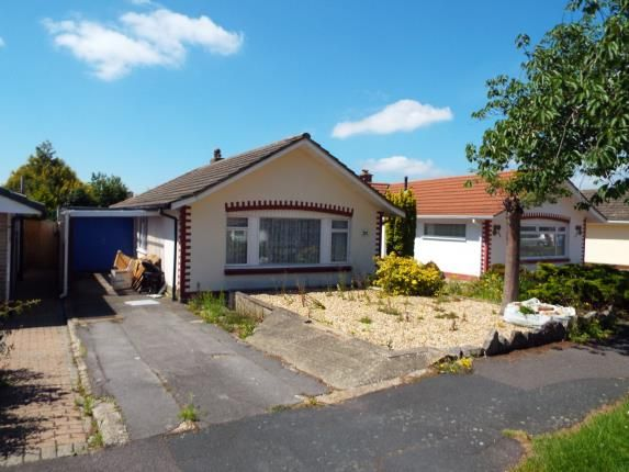 2 bed bungalow for sale in Windsor Road, Waterlooville