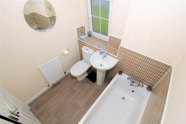 Bathroom of Jarvie Road, Redding, Falkirk FK2