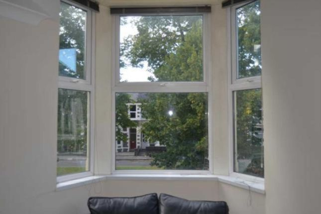 Thumbnail Flat to rent in Ruthin, Cardiff