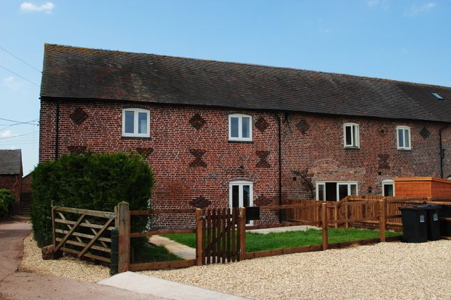 Thumbnail Barn conversion to rent in Manor Road, Madeley, Crewe