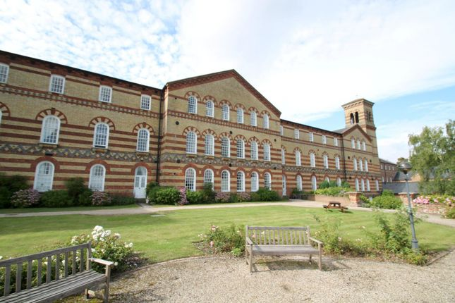 Thumbnail Flat to rent in Cavendish House, Southdowns Park, Haywards Heath