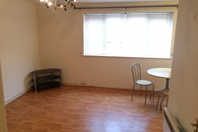 Thumbnail Flat to rent in Stretford Road, Manchester