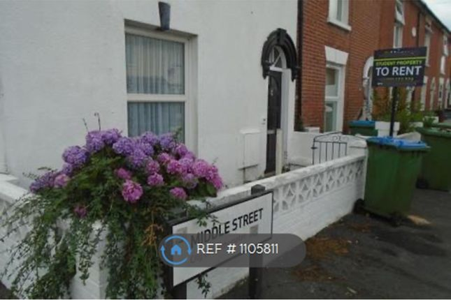 Thumbnail Semi-detached house to rent in Middle Street, Southampton