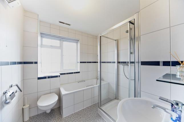 Bathroom of Ridge Langley, South Croydon CR2