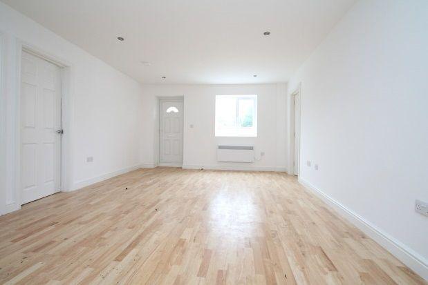 Thumbnail Bungalow to rent in Lyndhurst Avenue, London