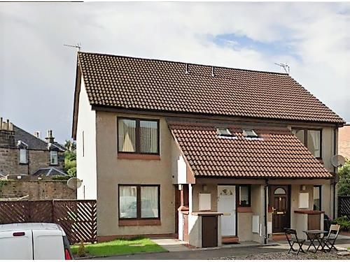 Thumbnail Flat to rent in Burgh Mews, Alloa