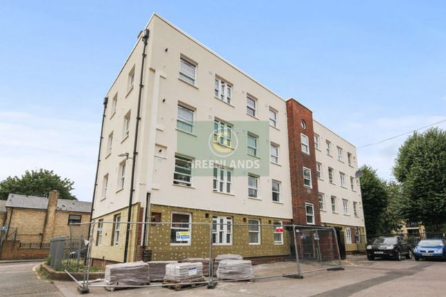 Thumbnail Flat to rent in Monkbretton House, Turin Street, London