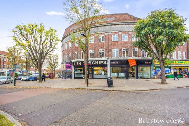 Thumbnail Flat to rent in Oldfields Circus, Northolt