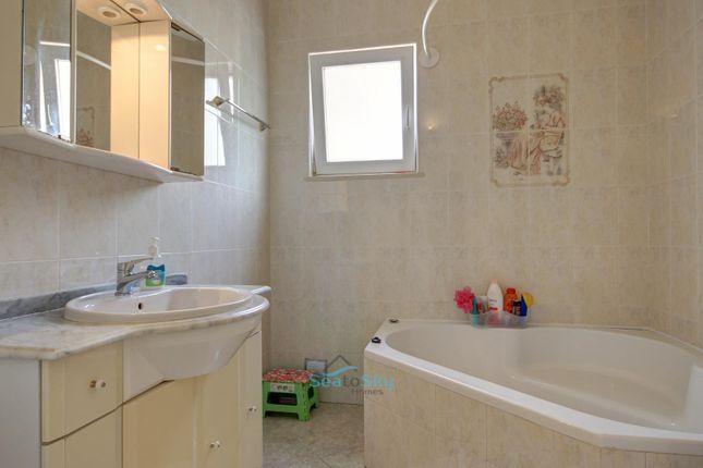 Main Bathroom of Mexilhoeira Grande, Algarve, Portugal