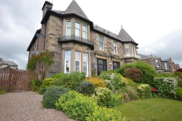 Thumbnail Flat to rent in 161 Glasgow Road, Perth