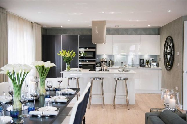 Thumbnail Flat for sale in Brookmans Manor, Georges Wood Road, Brookmans Park, Hertfordshire